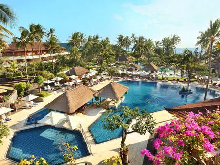 Nusa Dua Beach Hotel & Spa - South Kuta - Uima-allas