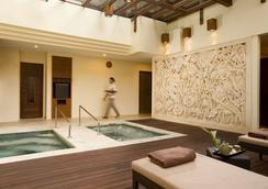 Nusa Dua Beach Hotel & Spa - South Kuta - Kylpylä