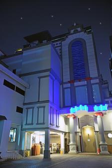 Tematik Hotel Pluit - North Jakarta - Building
