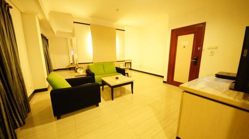 Tematik Hotel Pluit - North Jakarta - Living room