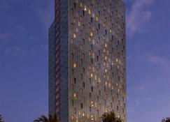 The Level At Melia Barcelona Sky - Barcelona - Building