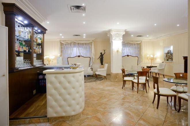 特維琪亞贊酒店 - 波隆那 - 博洛那 - 酒吧