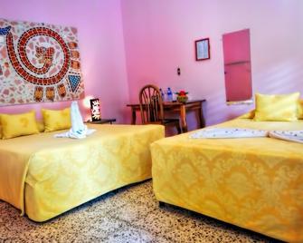 Hotel Kekoldi De Granada - Granada - Habitación