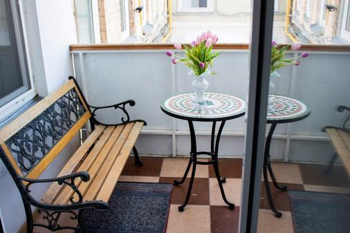 Tonika Hotel - Samara - Balcony
