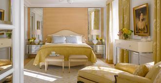 Four Seasons Hotel des Bergues Geneva - ג'נבה - חדר שינה