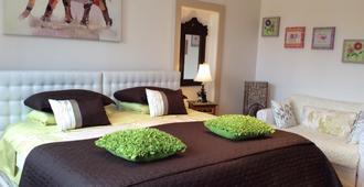Ile De Garde B&B - Sherbrooke - Bedroom