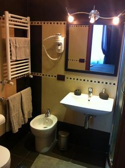 Eritrea Suite - Rome - Bathroom