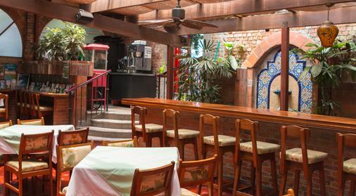 Hotel Dunn Inn - San José - Bar