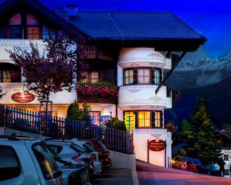 Hotel Toalstock - Fiss - Priveliște în exterior