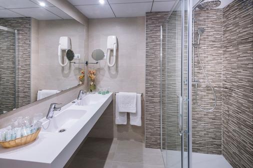 奧林巴斯宮酒店 - 沙洛 - 薩洛 - 浴室