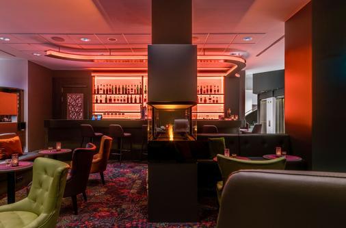 Park Inn by Radisson Cologne City West - Cologne - Bar