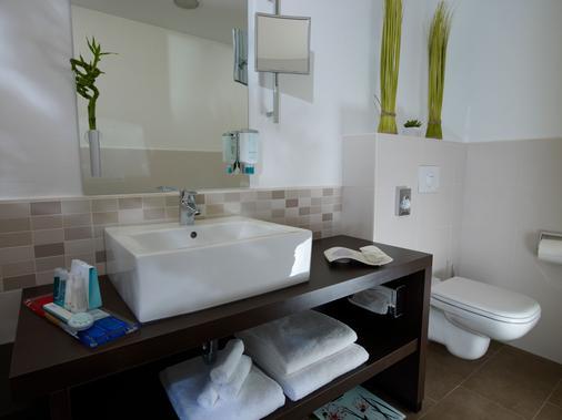 Park Inn Papenburg - Papenburg - Bathroom