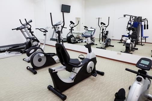 Hotel Grandhall - Yekaterinburg - Gym