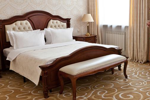 格蘭德霍爾酒店 - 葉卡捷琳堡 - 臥室