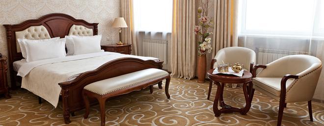 格蘭德霍爾酒店 - 葉卡特琳堡 - 臥室