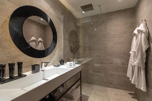 Résidence et Spa le Prince Regent - Paris - Bathroom