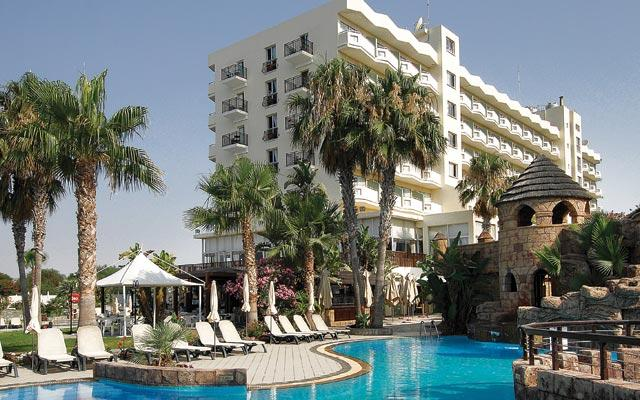 Lordos Beach Hotel - Larnaca - Building