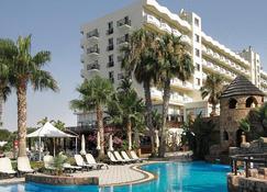Lordos Beach Hotel - Lárnaca - Edificio