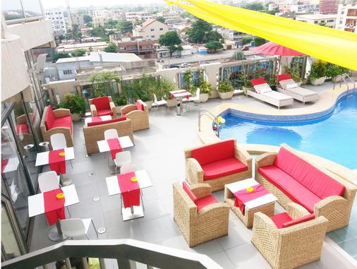 Bénin Royal Hôtel - Cotonou - Bar