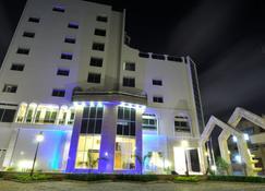 Bénin Royal Hôtel - Cotonou - Building