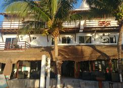 Hotel El Fuerte Mahahual - Majahual - Building