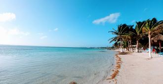 El Fuerte Beach Resort - Majahual - Beach