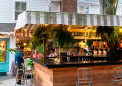 American Beech Hotel - Greenport - Bar