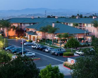 Residence Inn by Marriott Santa Clarita Valencia - Santa Clarita - Building