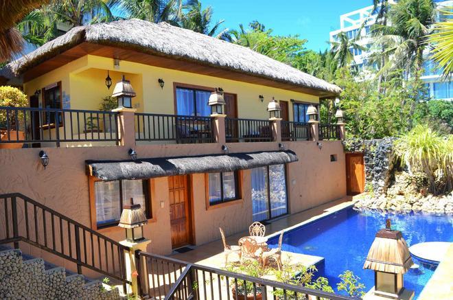 Palm Breeze Villa - Boracay - Building