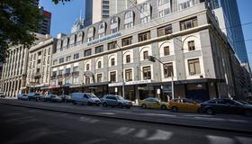 墨爾本南方大飯店 - 墨爾本 - 建築