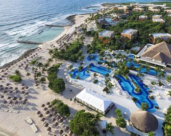 Bahia Principe Luxury Akumal - Akumal - Building
