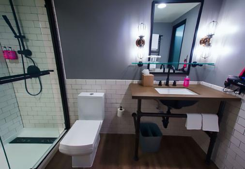 MOXY Phoenix Tempe/ASU Area - Tempe - Bathroom