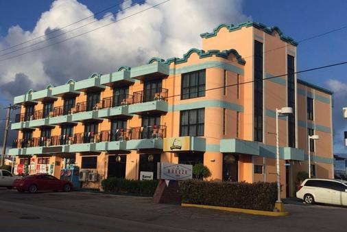 The Palms - Tamuning - Building