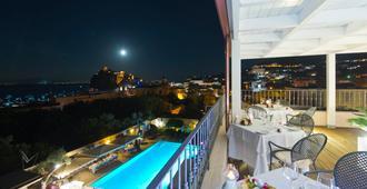 Hotel Villa Durrueli Resort & Spa - איסקיה - מסעדה