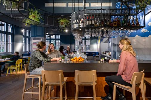 Stayokay Hostel Amsterdam Oost - Amsterdam - Bar
