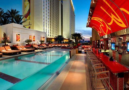 The golden nugget hotel and casino las vegas bryan bartlett parx casino