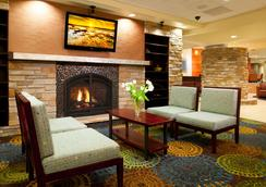 Holiday Inn Express & Suites Pittsburgh West - Green Tree - Πίτσμπεργκ - Σαλόνι ξενοδοχείου