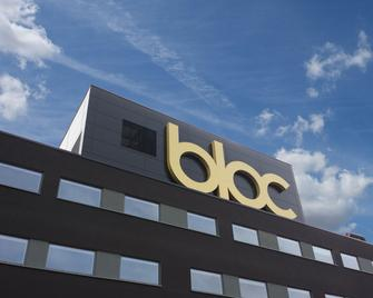 Bloc Hotel London Gatwick Airport - Gatwick - Building