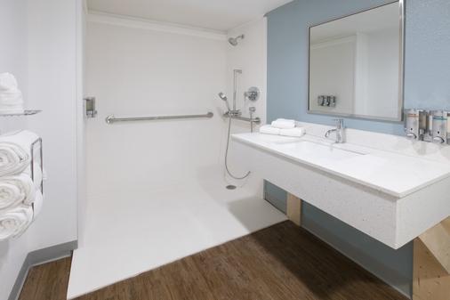 學院站溫德姆特萊普飯店 - 大學城 - 浴室
