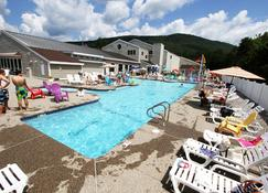 Golden Eagle Lodge - Waterville Valley - Pool