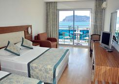 Blue Diamond Alya Hotel - Alanya - Bedroom