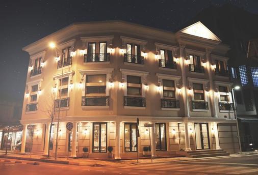 Hotel Stela Center - Τίρανα - Κτίριο