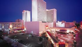 Harrah's Casino Hotel Reno - Reno - Edificio