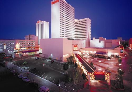 Harrah S Casino Hotel Reno 35 1 5 8 Reno Hotel Deals