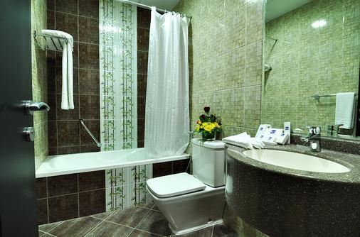 Pride Hotel Apartments - Ντουμπάι - Μπάνιο