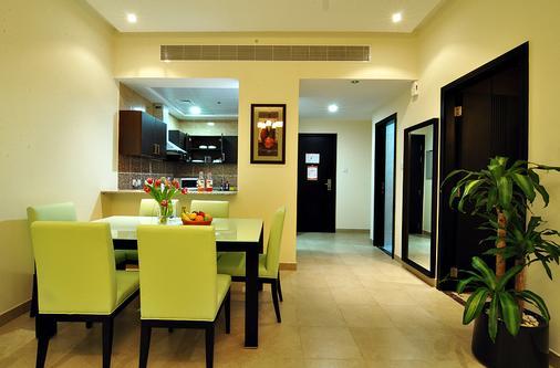 Pride Hotel Apartments - Ντουμπάι - Τραπεζαρία