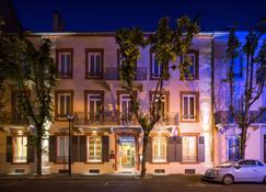 Arverna Citotel Vichy - Vichy - Edifício