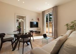 Oriana Suites Verona - Verona - Sala de estar