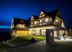 Hotel Kopieniec Fizjo- Med & Spa - Murzasichle - Bangunan