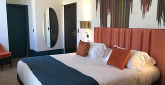 Hotel Verlaine - Cannes - Bedroom